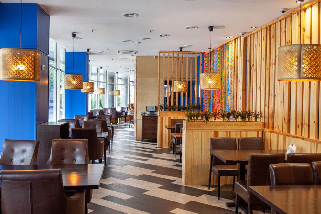 Интерьер ресторана Дхаба в Москве